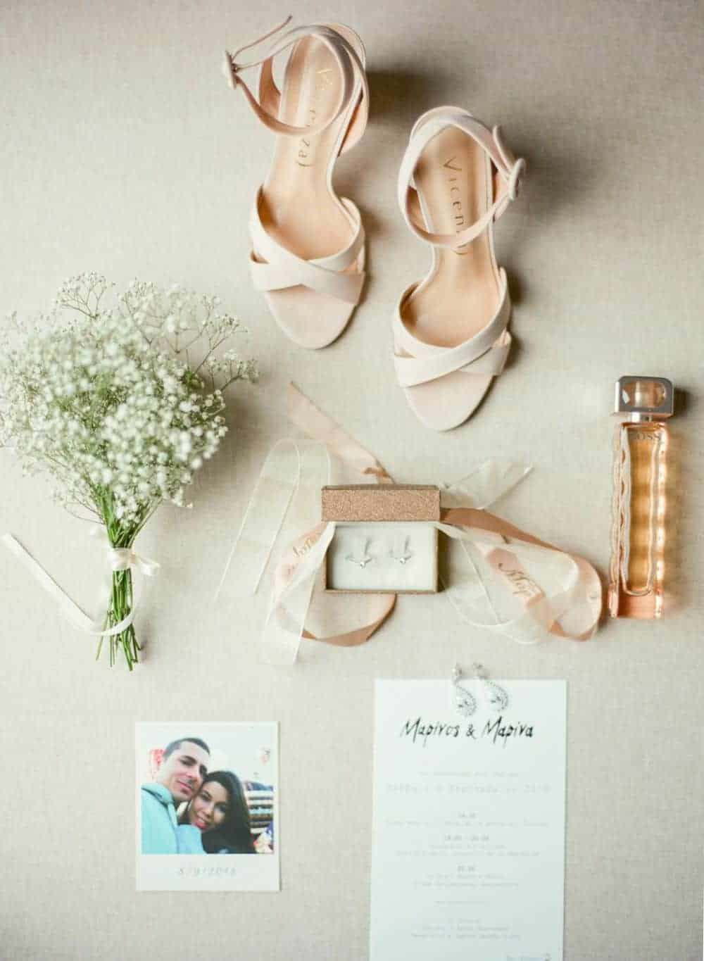 bridal shoes and earings