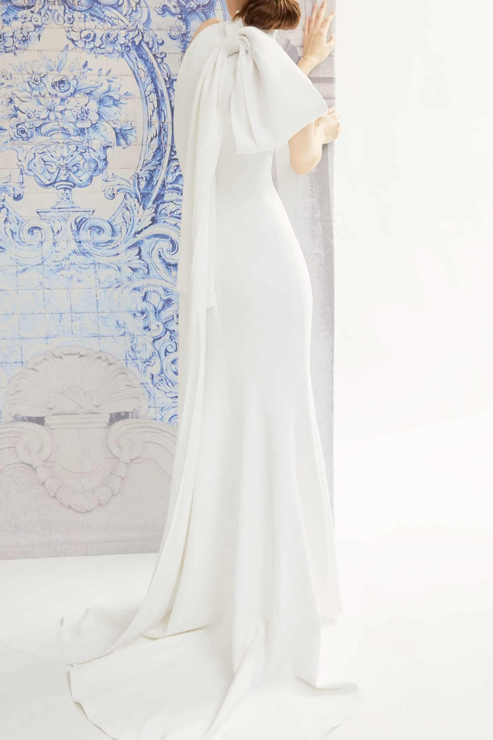 wedding dress with back bow fall 2019 by Carolina Herrera