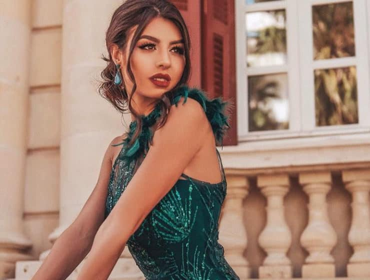 Green evening dress by Anna Dorothea.