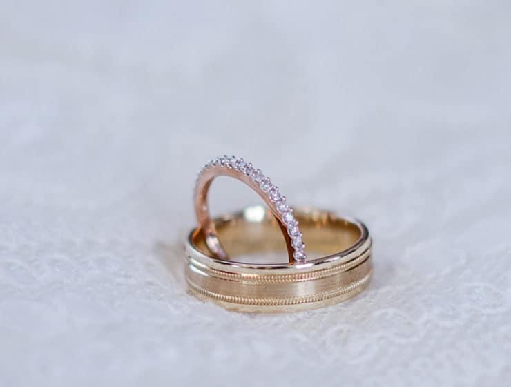 Diamond engagement ring and gold wedding ring, by Vasiliou Kosmima.