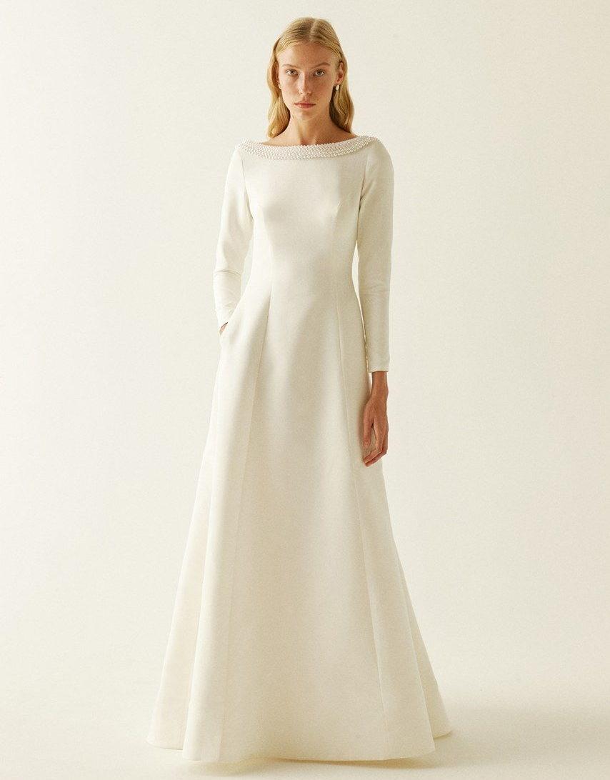 wedding dress like Meghan Markle collection fall 2019 by Sebastien Luke