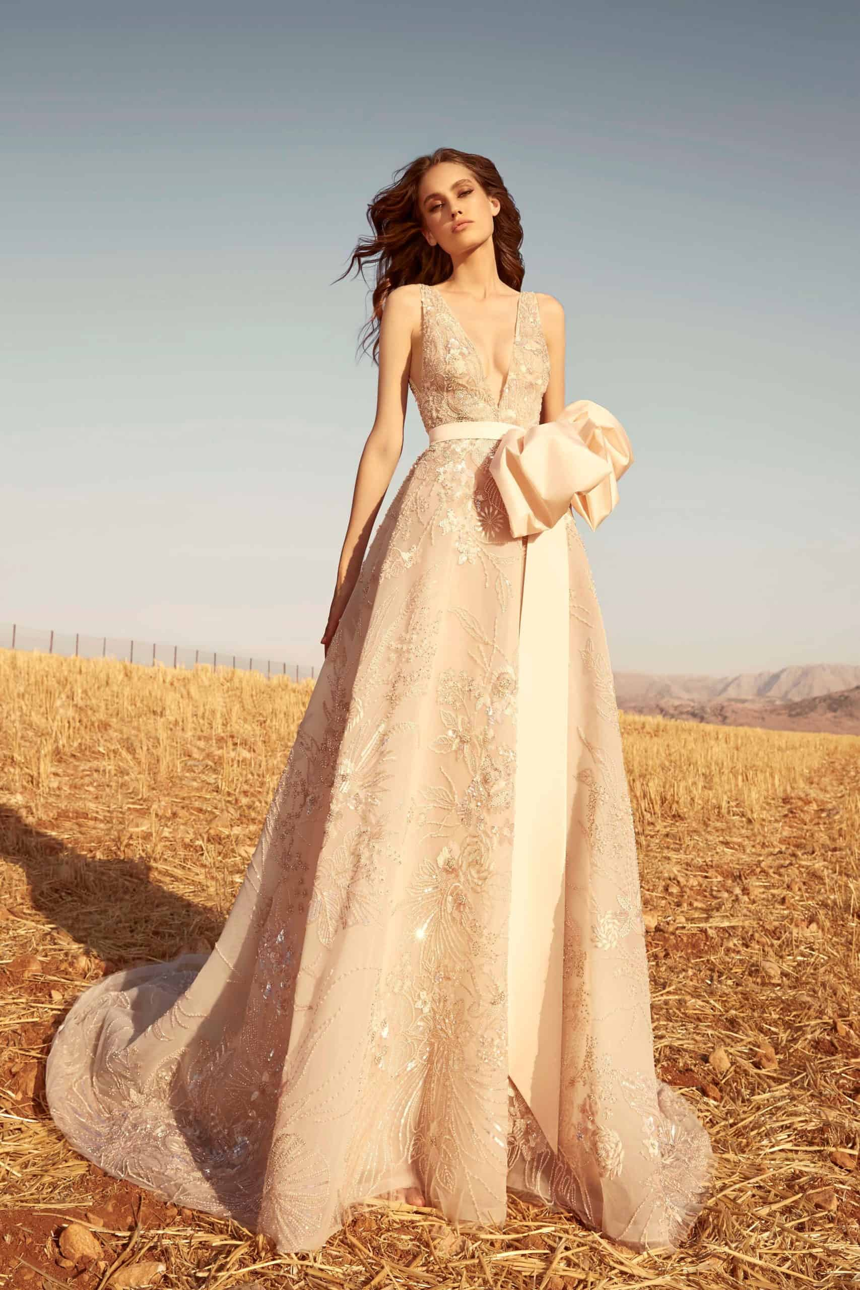 a-line lace wedding dress with a bow by Zuhair Murad