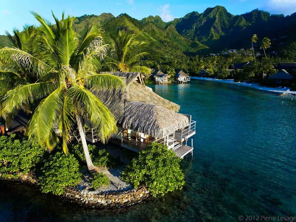 honeymoon top 10 destination Polynesia Moorea Pearl Resort & Spa