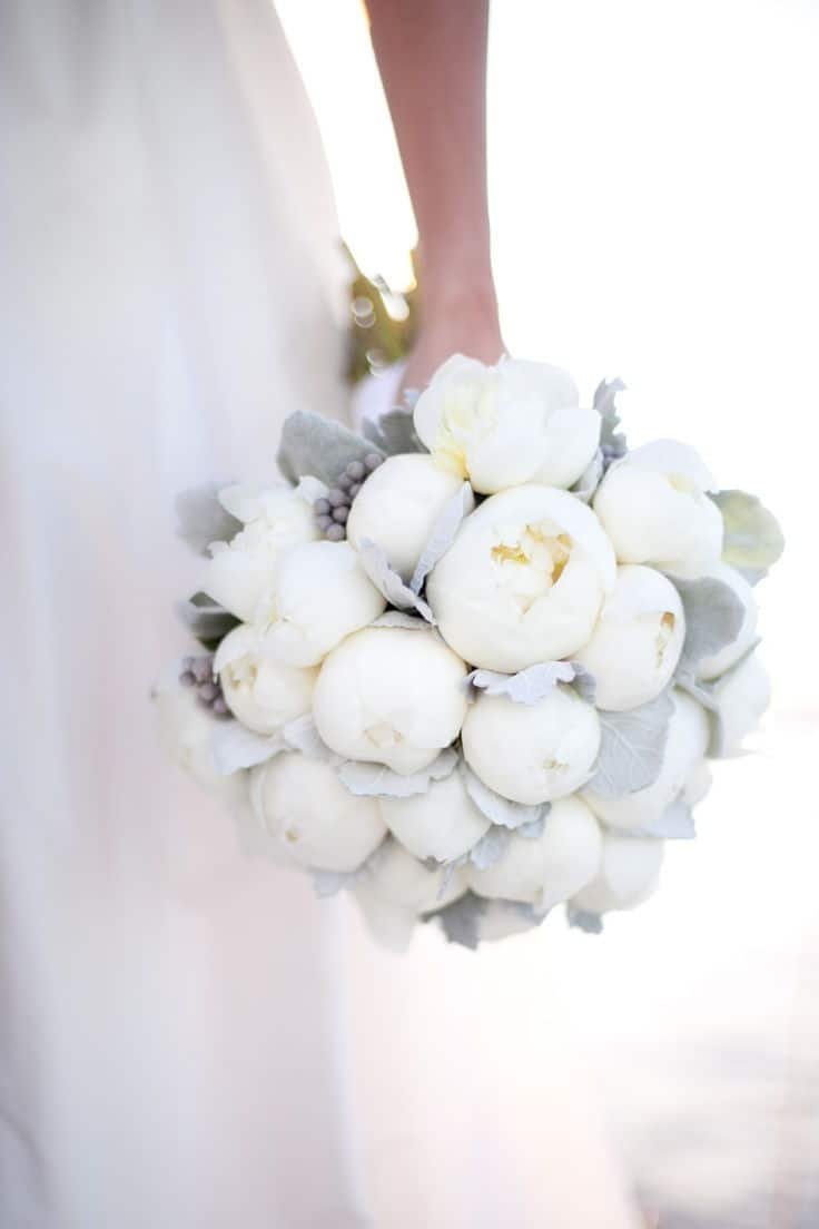 wedding bouquet with white peo