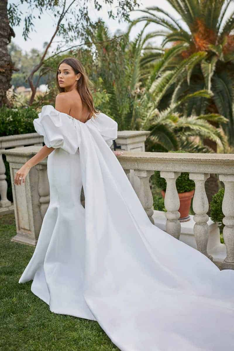 wedding dresses by Monique Lhuillier with puffy sleeves