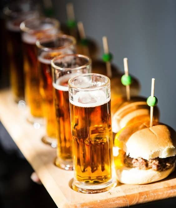 burger and beer for wedding catering