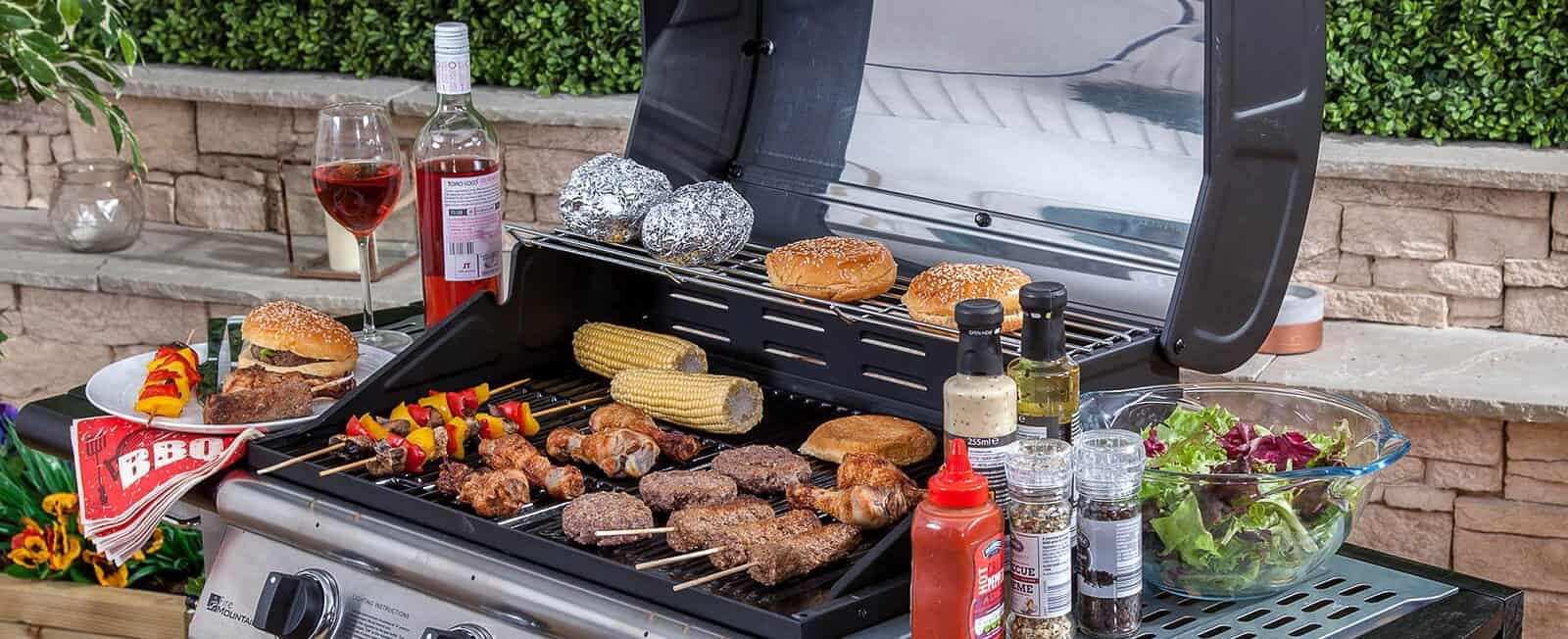 wedding catering barbeque burgers