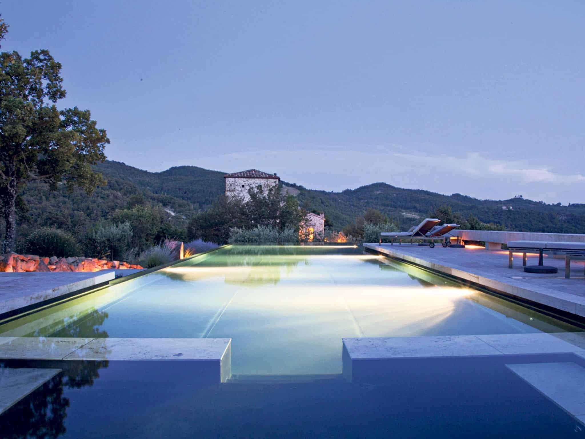 honeymoon top 10 romantic hotels Torre Di Moravola in Italy
