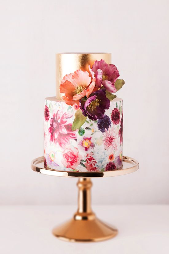blooming painted wedding cake and golden