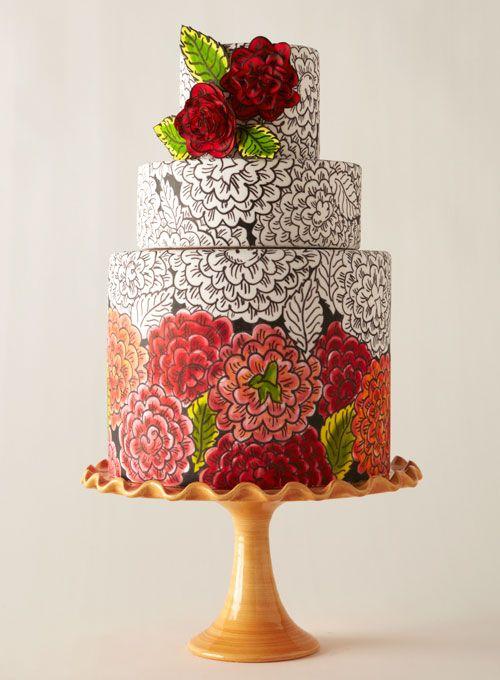 γαμήλια τούρτα με ζωγραφισμένα λουλούδια μαυρόασπρα και κόκκινα