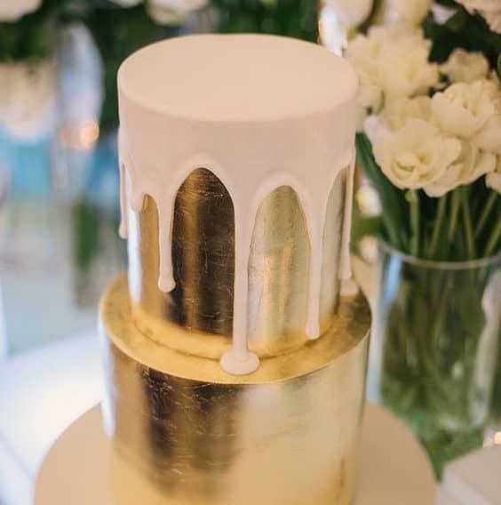 χρύση γαμήλια τούρτα