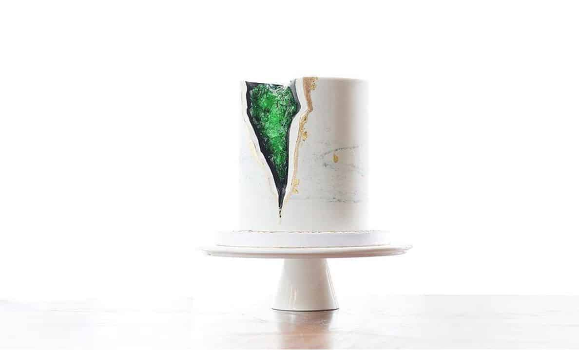 geode wedding cake with green and black details