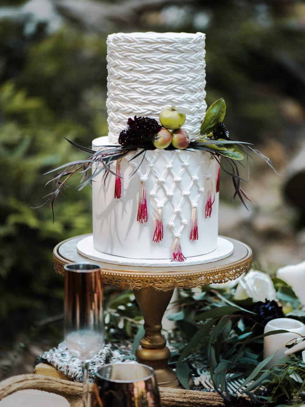 wedding cake with crochet texture and fruits