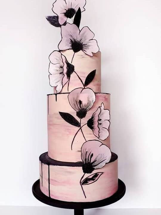 wedding cake with dusty pink and black colours and 3d printed flowers