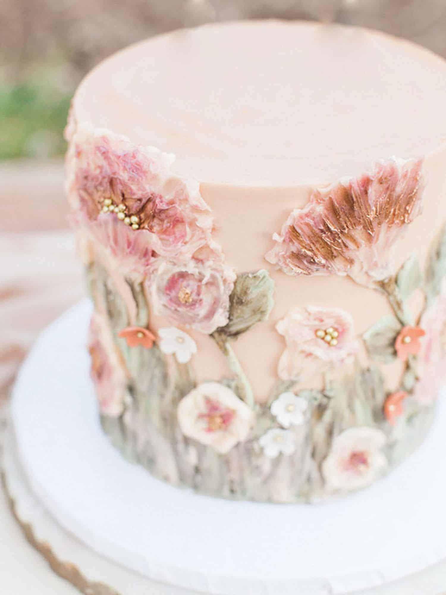 floral embossed wedding cake