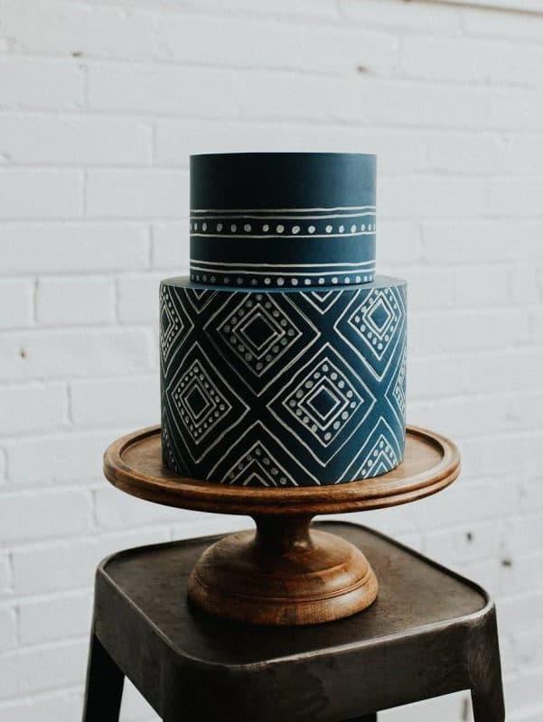 wedding cake with geometric details