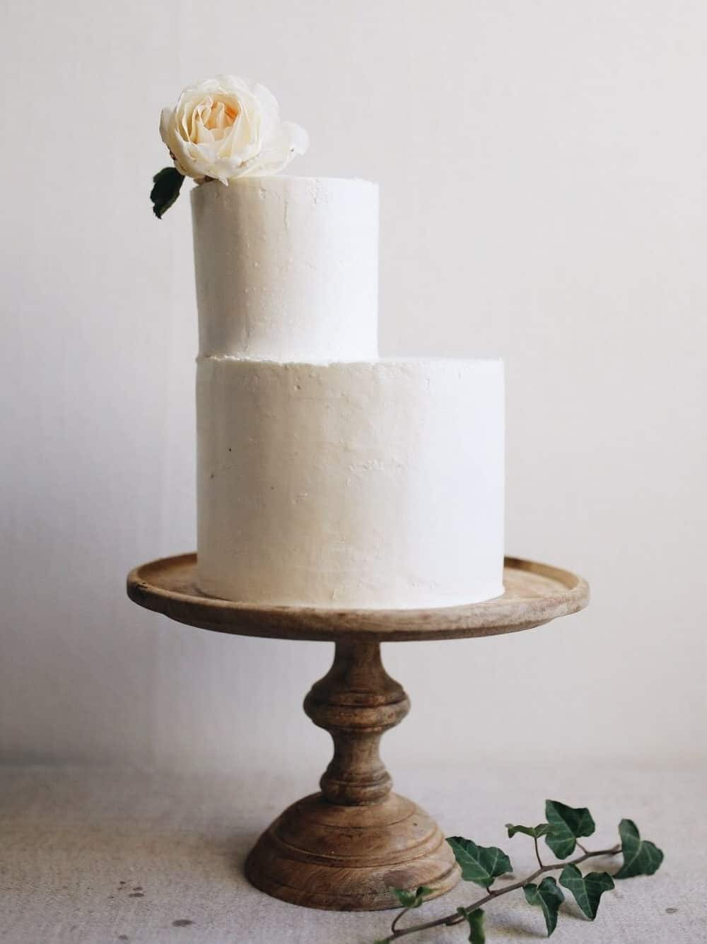 wedding cake like concrete texture and white rose