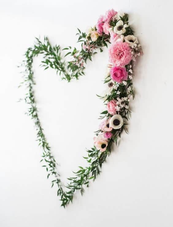backdrop decoration flowers in a heart shape