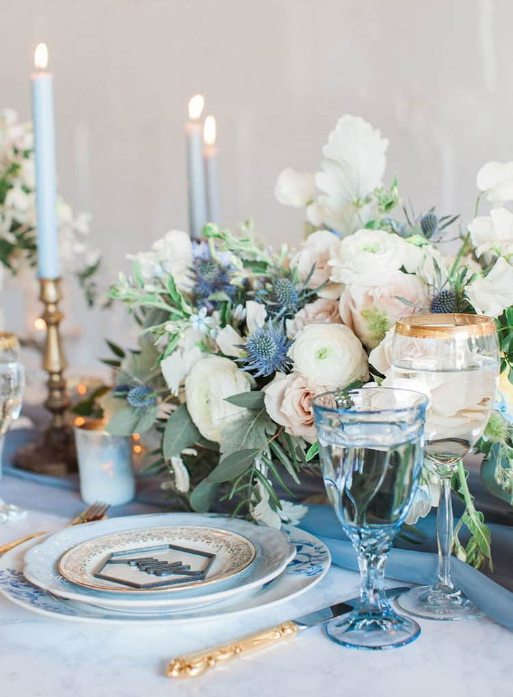 wedding table decoration with dusty blue details