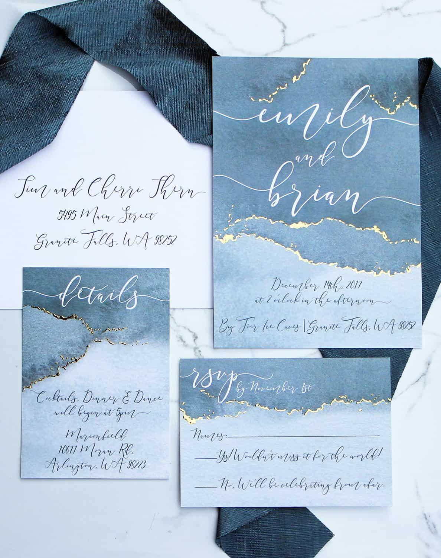 γαμήλια πρόσκληση με αποχρώσεις του μπλε
