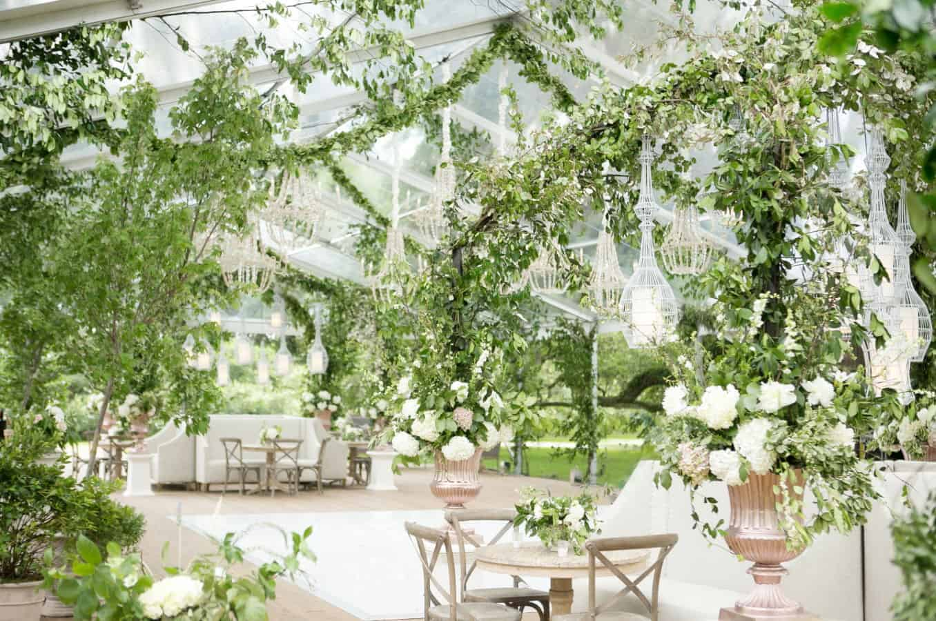 wedding decoration greenery with white ortanisies