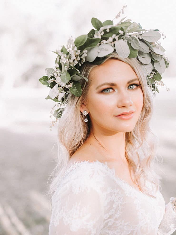 bridal head peace with green leaves