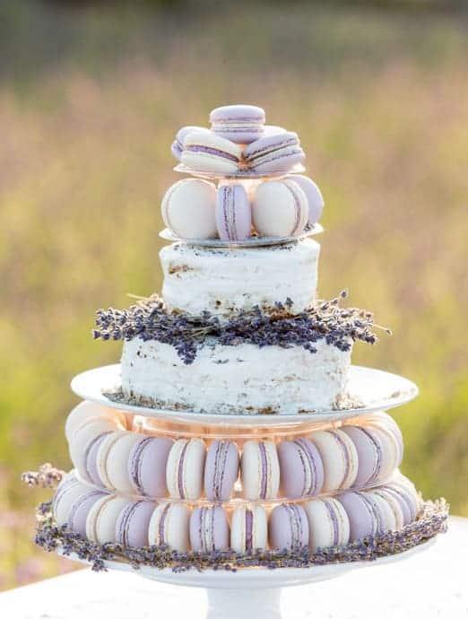 γαμήλια τούρτα με macarons