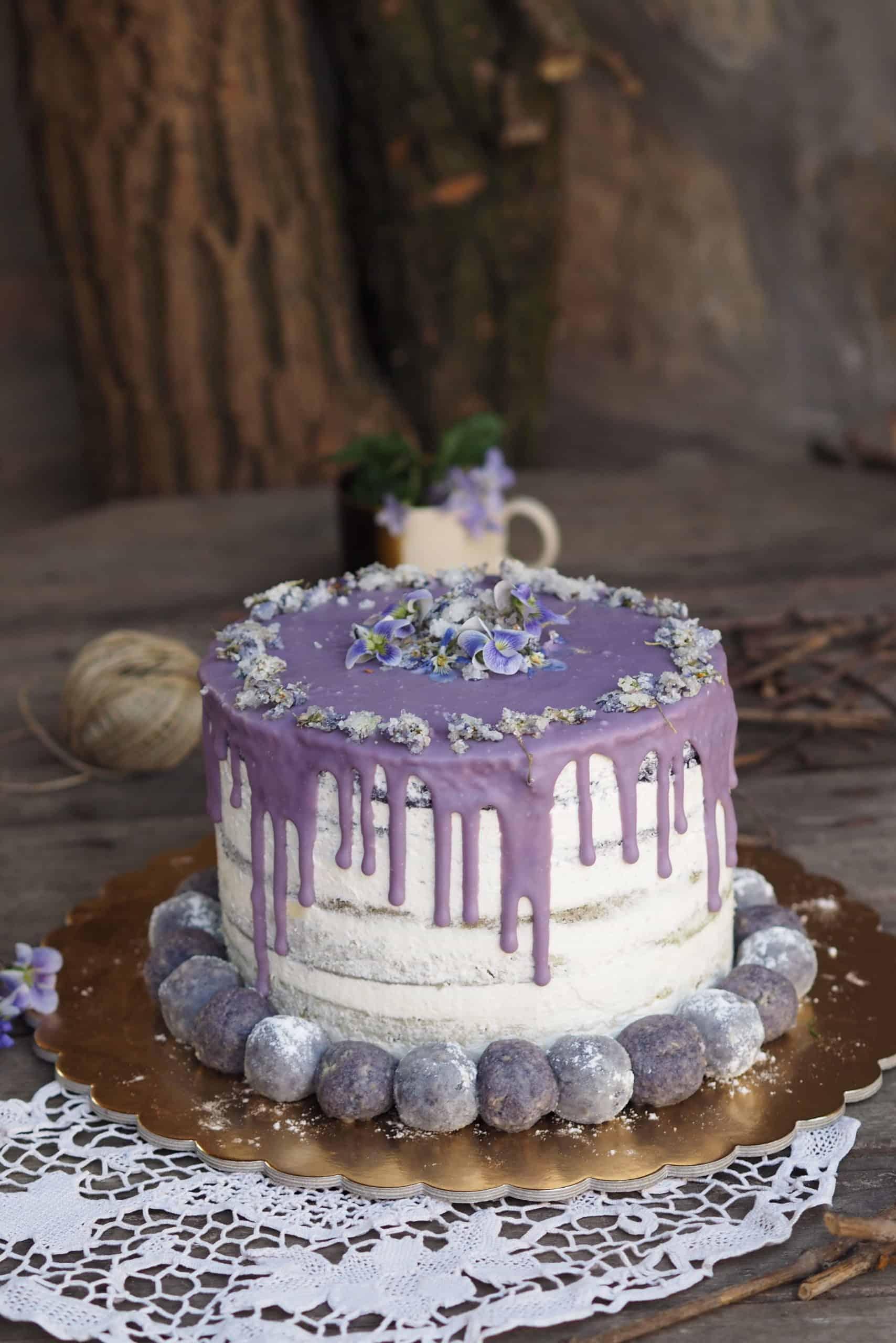 wedding cake with purple colour