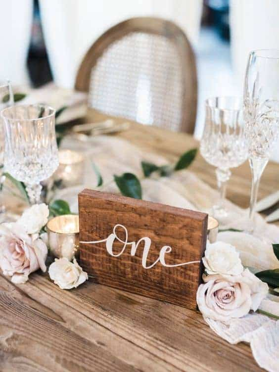 wedding dinner table numbering wooden-carved