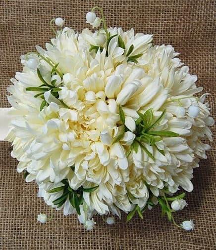 wedding bouquet with chrysanthemum
