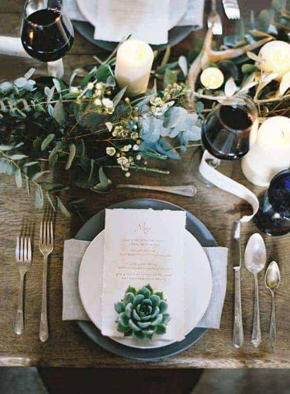 wedding plate decoration greenery