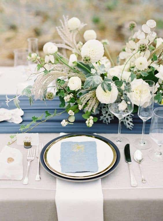 wedding table decoration with white and dusty blue colours